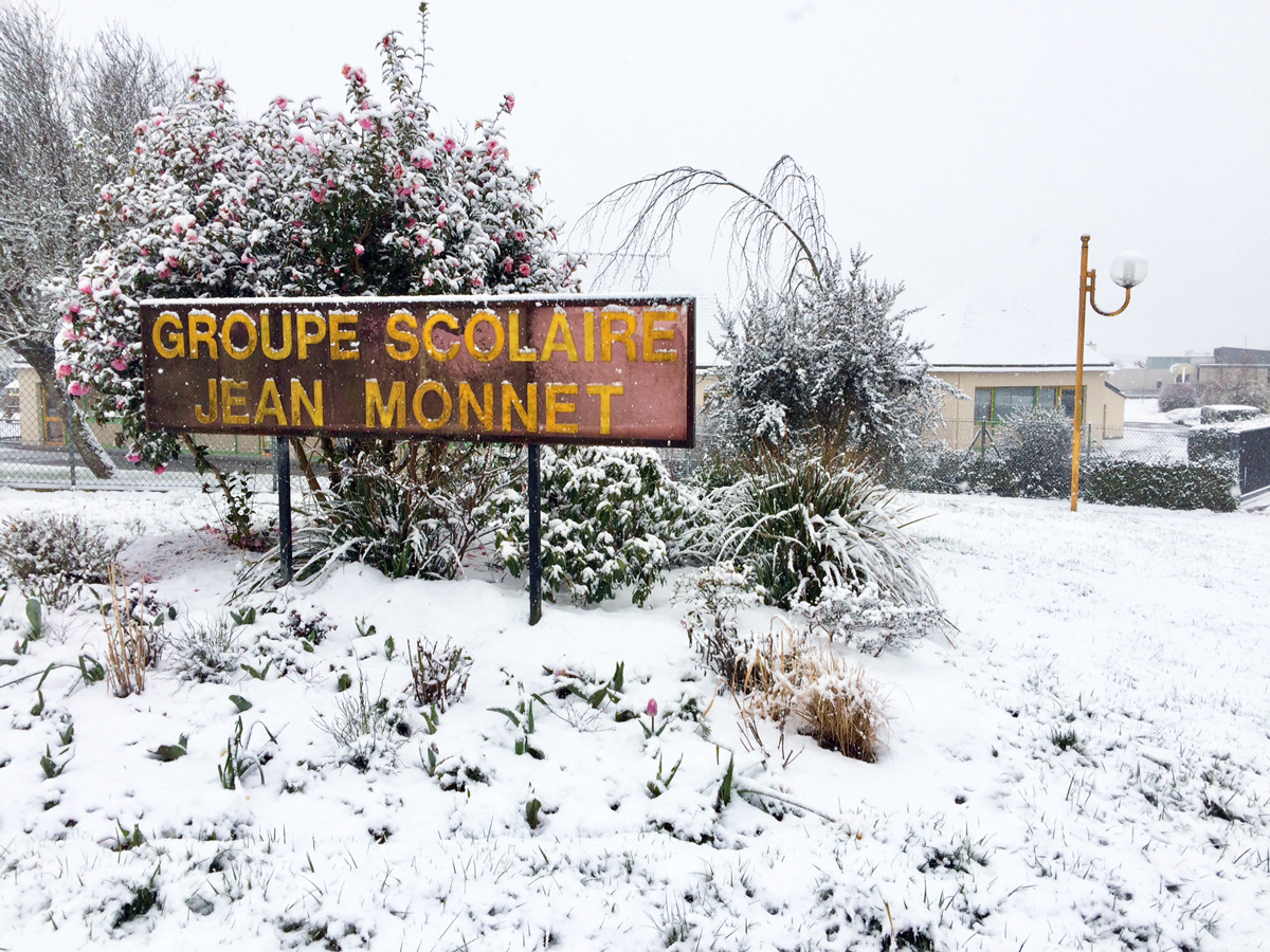 L'école Jean-Monnet sous la neige