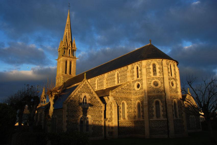 Église Saint Pierre de Taulé